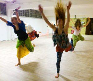 Starka kvinnors dans